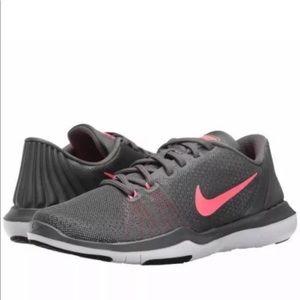 New Women's Nike Flex Supreme